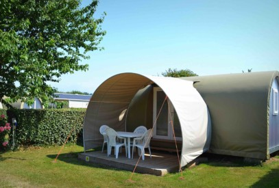 location-tente-coco-sweet-exterieur-Camping-de-la-plage-de-Fermanville-cotentin-normandie@agence-so-direct
